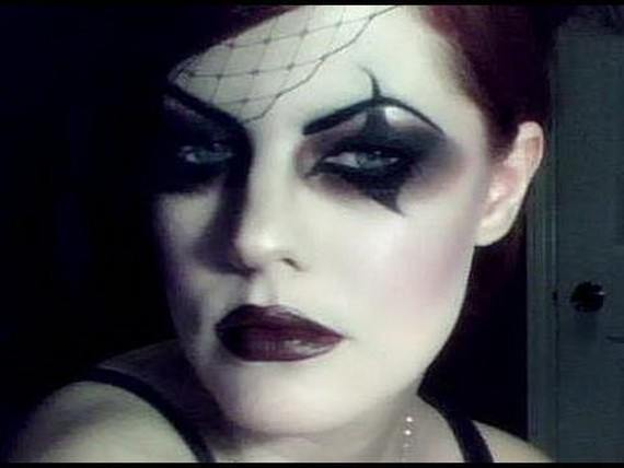 maquillaje-vampiresa-gotica-ojos-ahumados