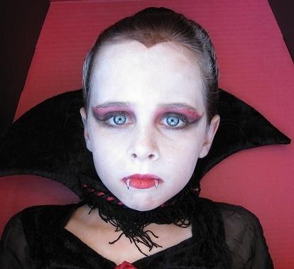 maquillaje-vampiresa-infantil
