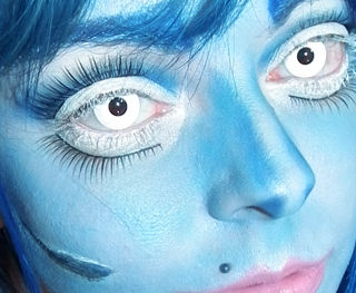 maquillaje-para-halloween-2014-novia-cadaver-paso-a-paso-marcas