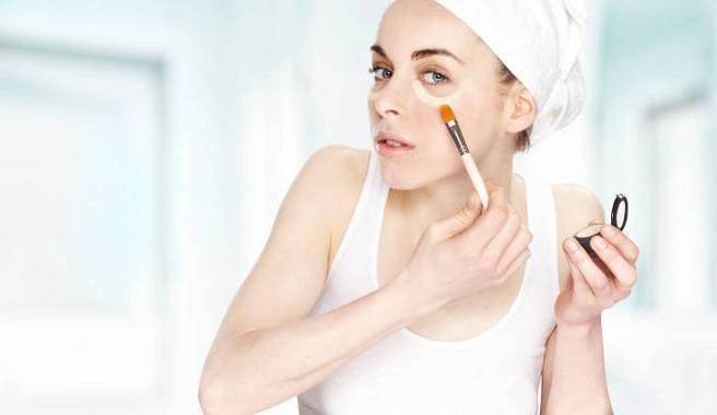 Trucos-de-maquillaje-para-la-piel-palida