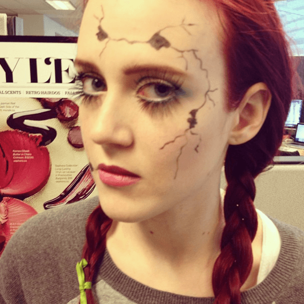 maquillaje-para-disfrazarse-de-muñeca-de-halloween-2014-paso-a-paso-final