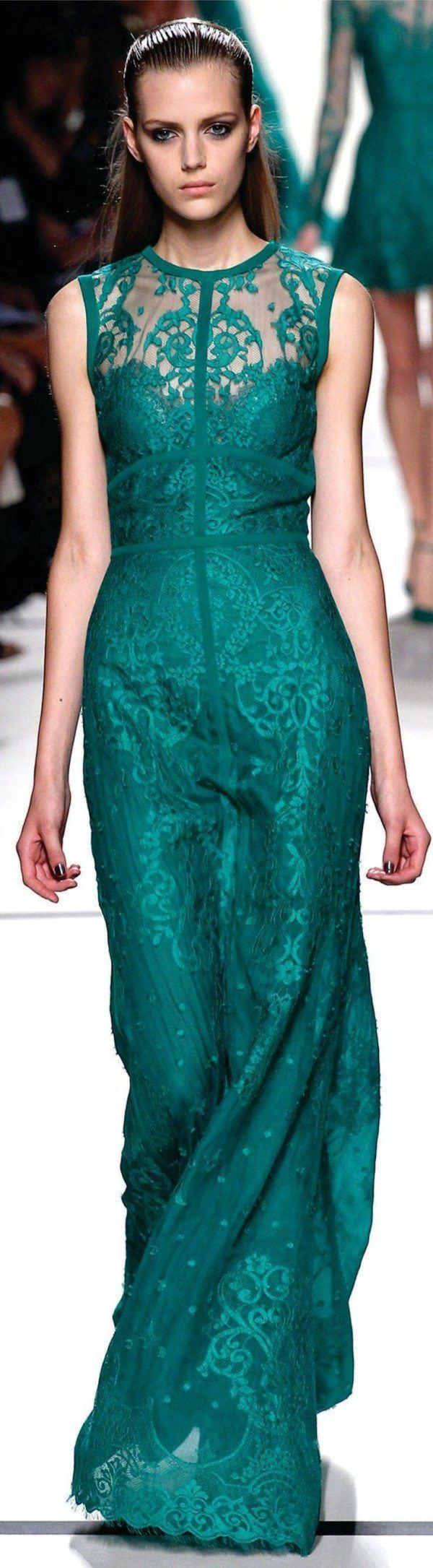 vestido verde maquillaje
