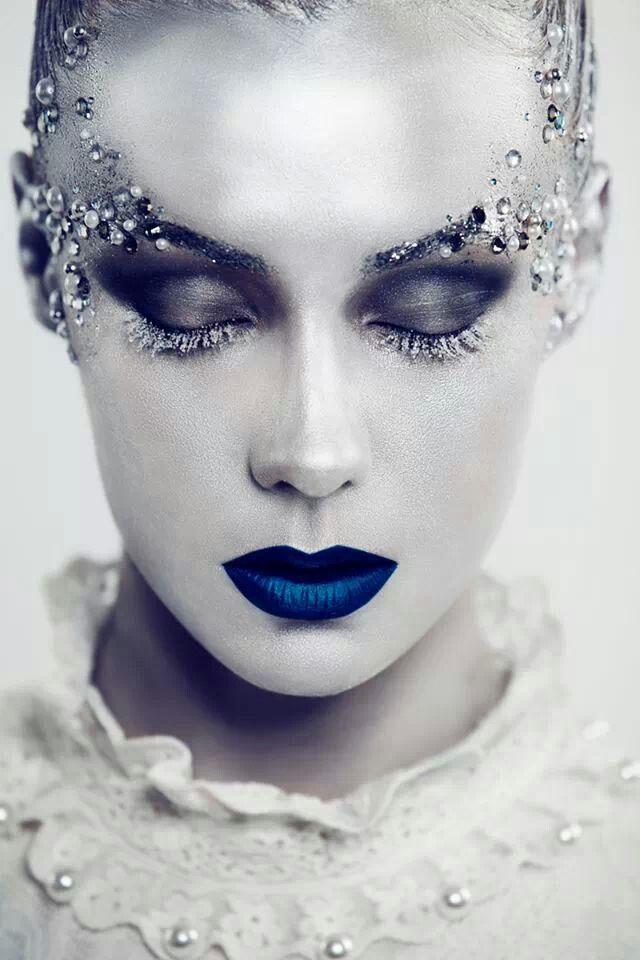 Maquillaje para Carnaval 2021 de fantasía paso a paso