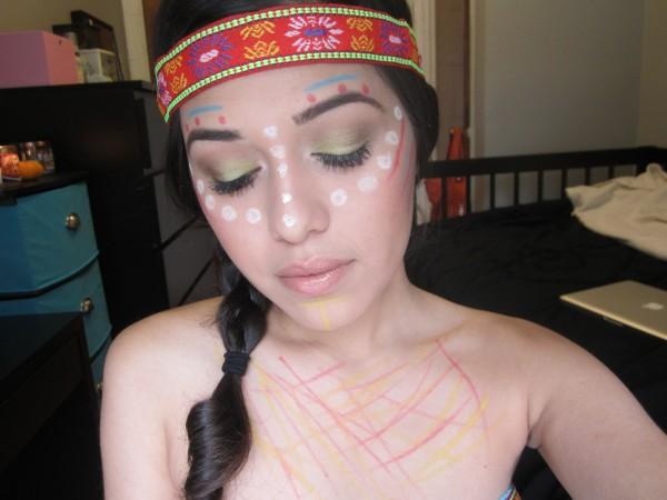 maquillaje-de-india-para-carnavales-manchas-blancas