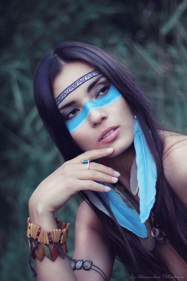 maquillaje-de-india-para-carnavales-rostro-azul