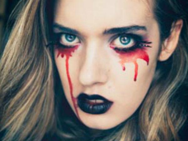 maquillaje-halloween-sangre-artificial
