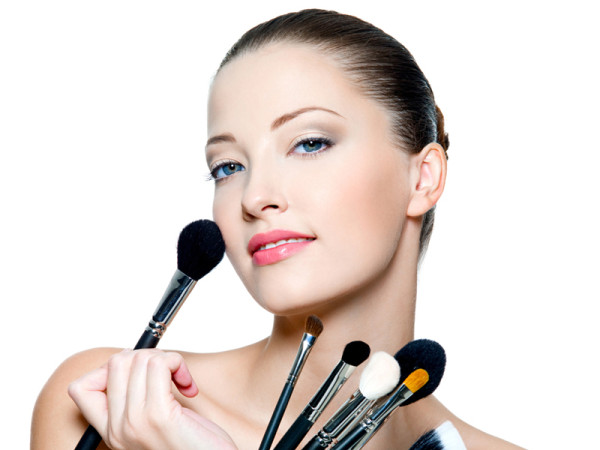 Cómo maquillarse para una comunión   Invitadas