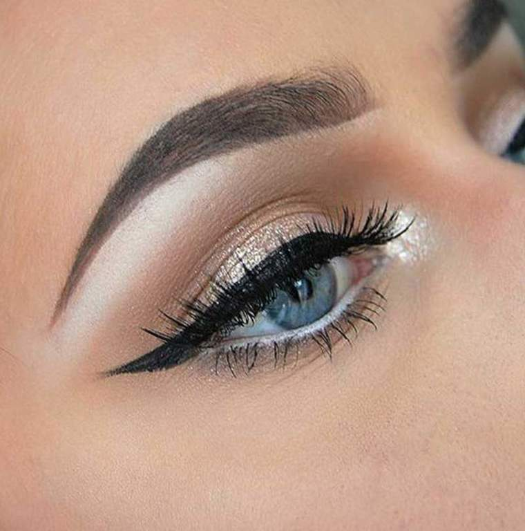 Como Maquillar Los Ojos Pequenos Maquillajerossa