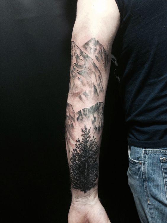 tatuajes-brazo-hombre-montanas