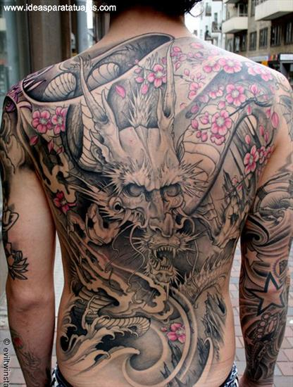 tatuajes-de-dragones-negro-y-rosa