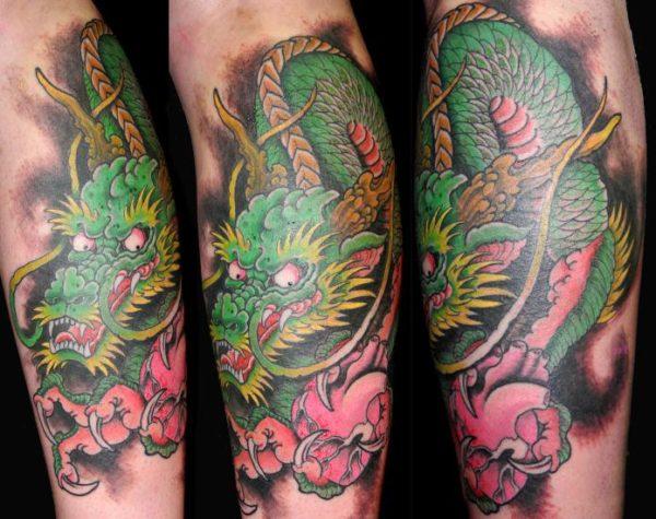 tatuajes-de-dragones-verde-vivo