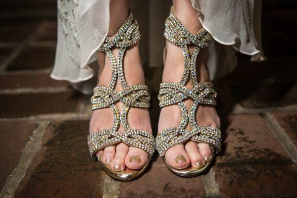 unas-pies-doradas