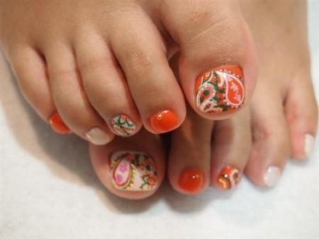 uñas pies tonos naranjas 2013