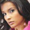 """Maquíllate como Paola Rey en """"La Mujer en el Espejo"""""""
