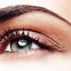 Cómo aclarar las cejas con tinte