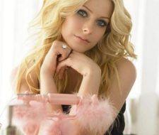 Consigue el look de Avril Lavigne