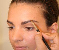 Maquillaje y cuidado de las cejas paso a paso