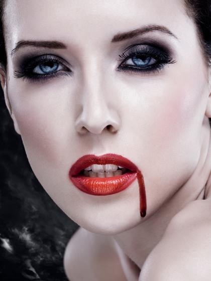 maquillaje-de-vampiresa-2014