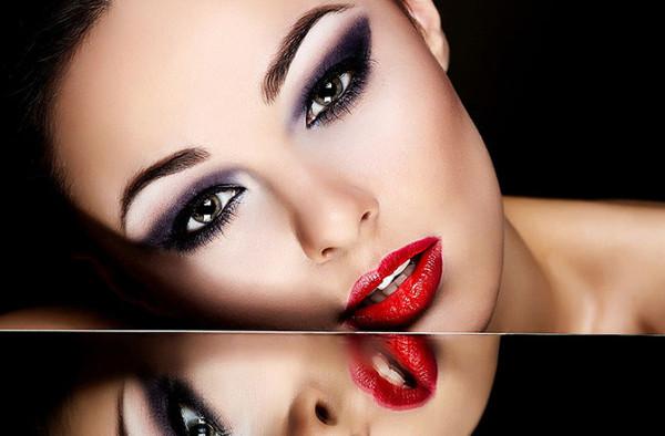Maquiagem de olhos para seduzir em Valentine 2018 &quot;width =&quot; 600 &quot;height =&quot; 394 &quot;/&gt;  <p> O último modelo que vamos mostrar de <strong> maquiagem para os olhos é um pouco ousado e impressionante </strong> do que os outros que mostramos, as cores utilizadas são bem estudadas porque criam um grande contraste entre eles, ao mesmo tempo em que é uma maquiagem que foi feita para não se esconder, mas sim Além disso, uma camada colorida é usada para tornar a maquiagem mais visível, enquanto, ao mesmo tempo, para que não seja tão preta, uma cor lilás <strong> é usada de acordo com o dia </strong>. A linha da parte inferior <strong> do olho é bastante aberta e longa </strong>que Não só destaca a maquiagem em geral, mas também torna nossos olhos muito mais sedutores. Uma maquiagem adequada para a qual somos mais guerras. </p> <h2> <span id=