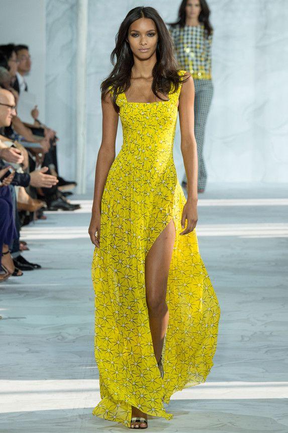 maquillaje vestido amarillo