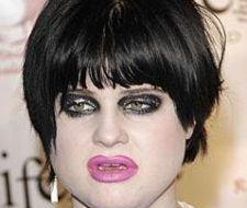 Kelly Osbourne y su… ¿maquillaje?
