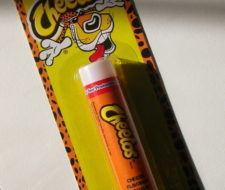 Bálsamo de labios con sabor a Cheetos