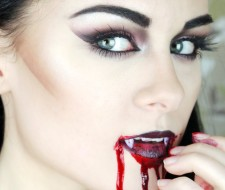 Maquillaje de Vampiresa Halloween 2017 | Paso a paso