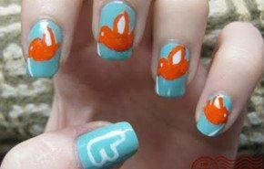 Decoración de uñas a lo twitter