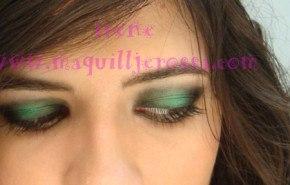 Look en verde y negro