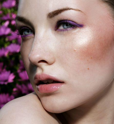 maquillaje-para-tu-graduacion-pomulos-destacados