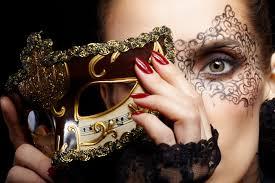 Maquillaje para acompañar máscara veneciana Carnaval 2015