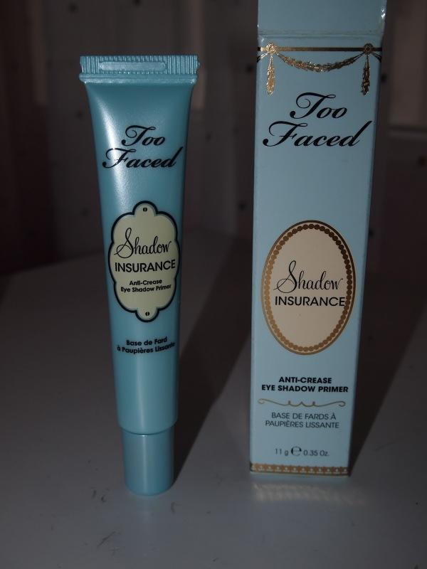 top-10-los-productos-de-maquillaje-imprescindibles-pre-base-sombras-de-too-faced