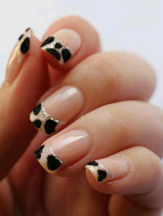 decoración uñas vaca
