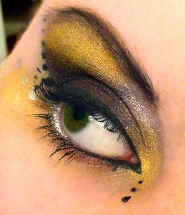 maquillaje ojos abeja