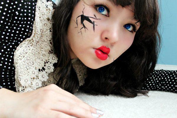 maquillaje-para-disfrazarse-de-muñeca-de-halloween-2015