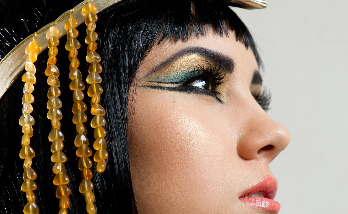 disfraz de egipcia maquillaje