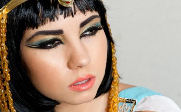 cleopatra disfraz maquillaje