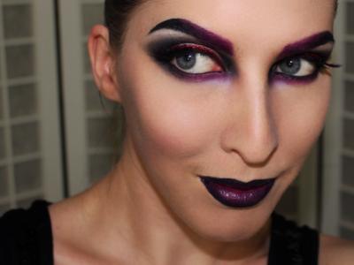[Vídeo tutorial] Maquíllate de Bruja Sexy en Halloween 2017