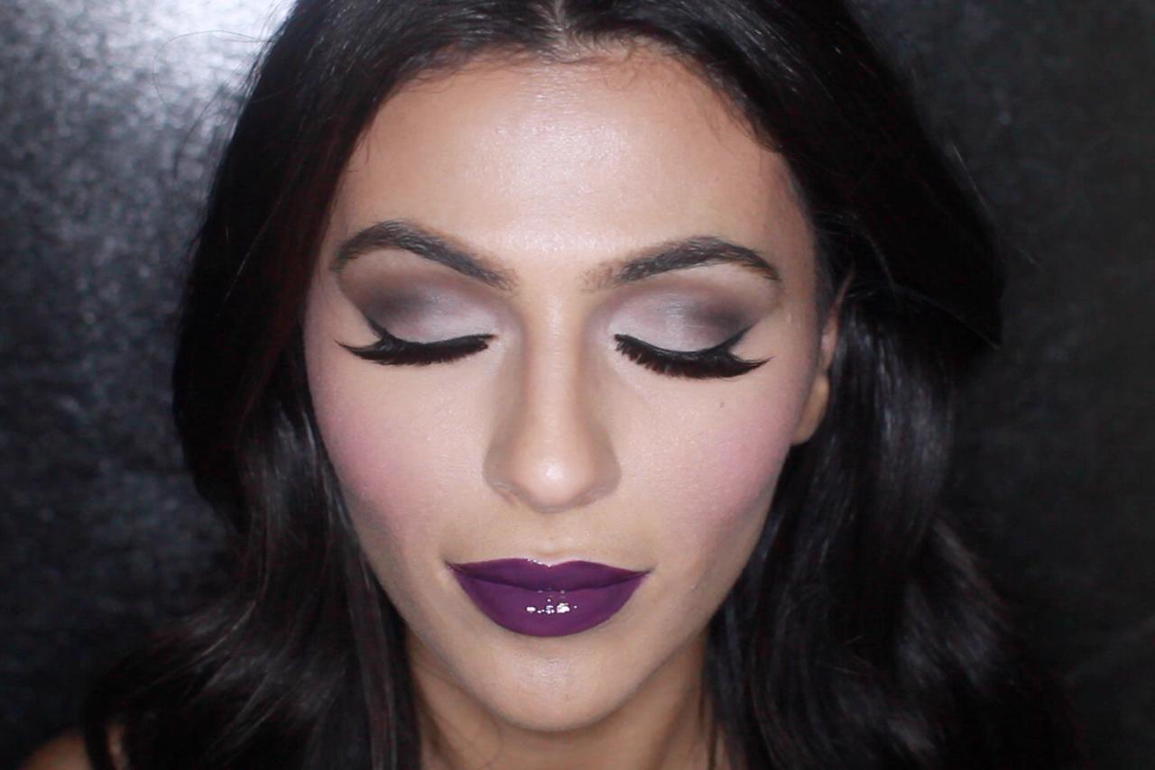 Video maquillaje de bruja sexy en halloween 2015 for Como pintarse de bruja guapa