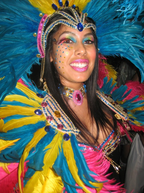 maquillaje-para-carnaval-fotos-2016-maquillaje-de-celebración