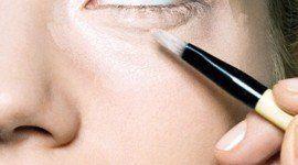 Cómo aplicar bien la base de maquillaje