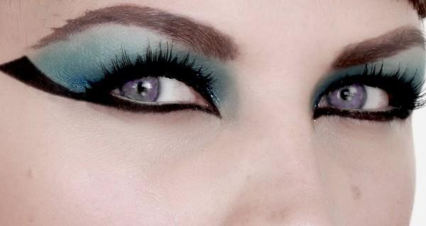 maquillaje-de-Cleopatra-para-Carnaval-2016-detalle-para-los-ojos