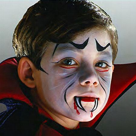 maquillaje-halloween-para-ninos-vampiro-sangre
