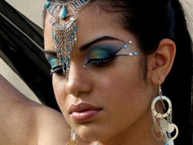 maquillaje de bailarina arabe