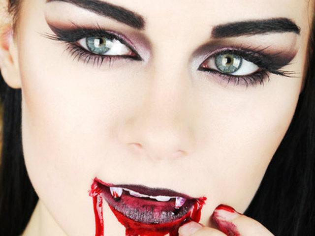 maquillaje halloween vampiresa pestaas postizas - Maquillaje Halloween