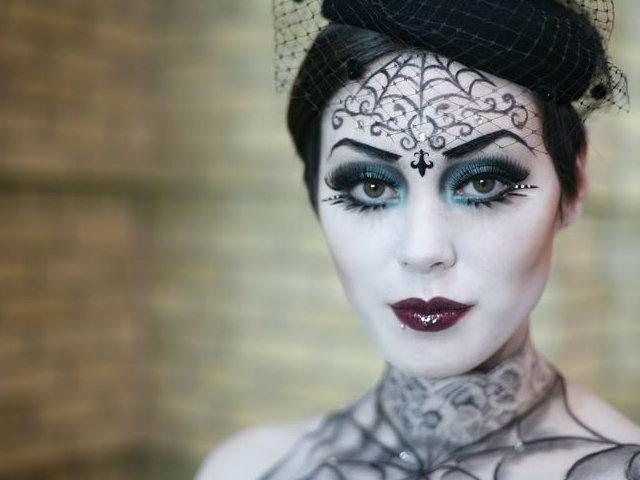 maquillaje vampira gotica