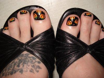 uñas-halloween-pies-calabazas