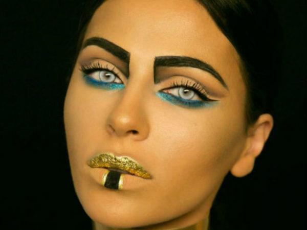 maquillaje-halloween-2017-cleopatra-dorada