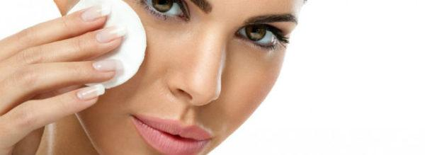 maquillaje-profesional-desmquillante
