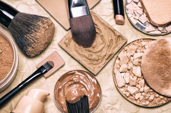 Como elegir la mejor base de maquillaje para tu rostro